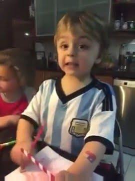 Photo of (VIDEO) Pequeño niño argentino quiere que Chile salga campeón de la Copa América no Argentina