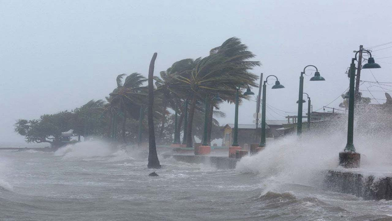 Photo of En Directo: El desbastador Huracán Irma que azota a Miami y Florida en EEUU
