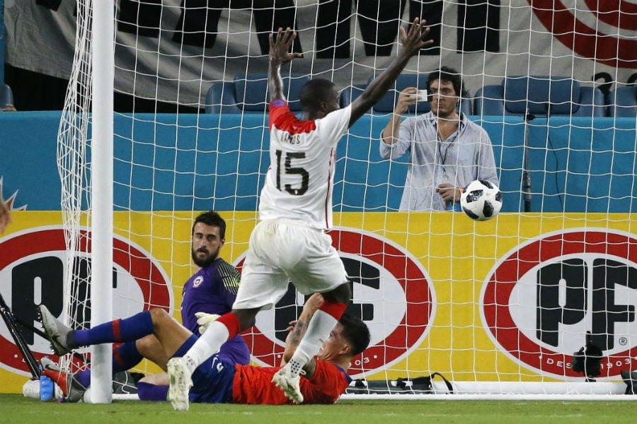 Photo of Chile fue goleado por Perú y fue el primer encuentro amargo para Rueda