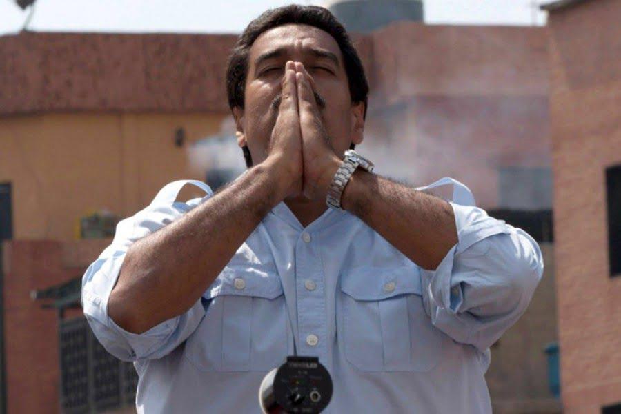 Photo of Nicolás Maduro «Strange» dice que viajo al futuro y vio que todo saldrá bien