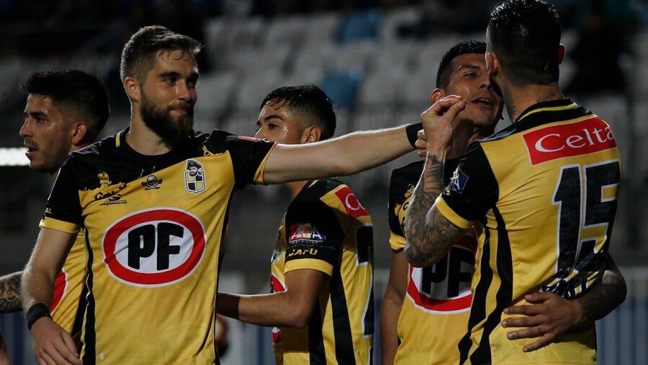 Photo of Periodista de TVN fue acosada por futbolistas de Coquimbo Unido
