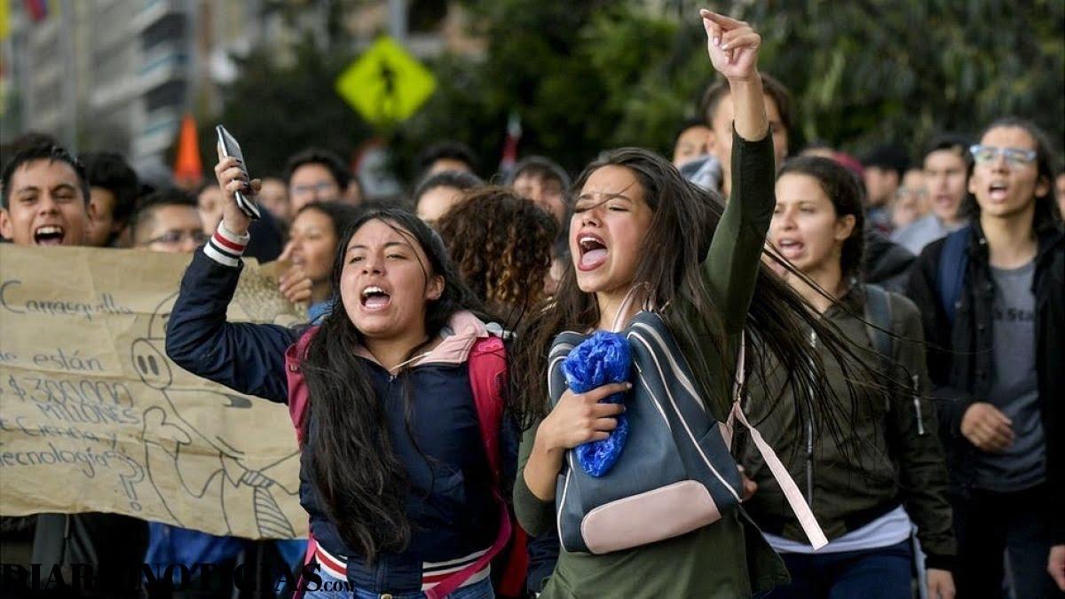 Photo of Otro país Latinoamericano: Paro nacional convocado para Colombia este 21 de noviembre será de alta tensión