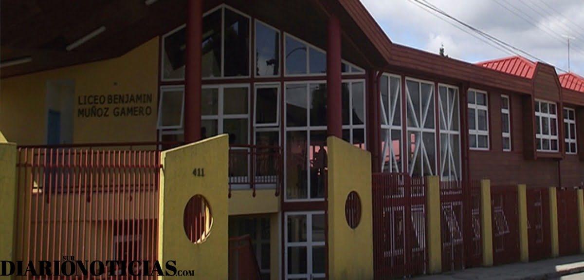 """Photo of Liceo Benjamín Muñoz Gamero de Puerto Octay fue seleccionado como """"Liceo Bicentenario"""" para el año 2020"""