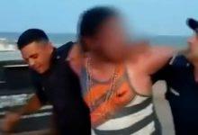 Photo of Pareja entierran a su hija en la playa para tener relaciones sexuales en Argentina
