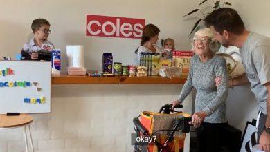 Photo of Familia preparó un supermercado en su casa para que su abuela con Alzheimer pueda seguir haciendo compras