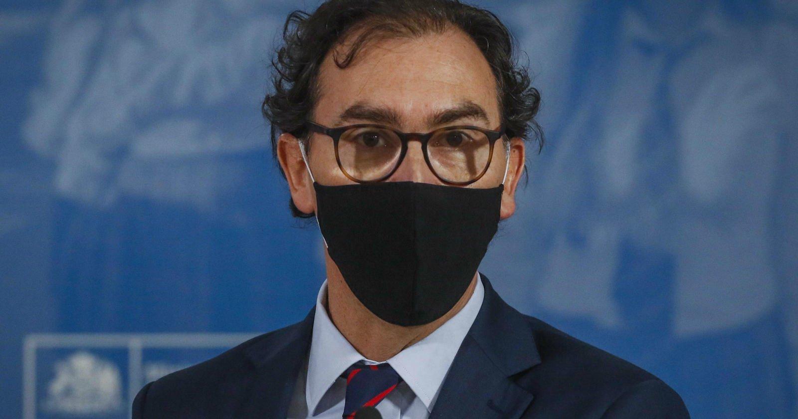 """Photo of Ministro Raúl Figueroa y el retorno a clases """"El año escolar se extenderá hasta el 15 de enero"""""""