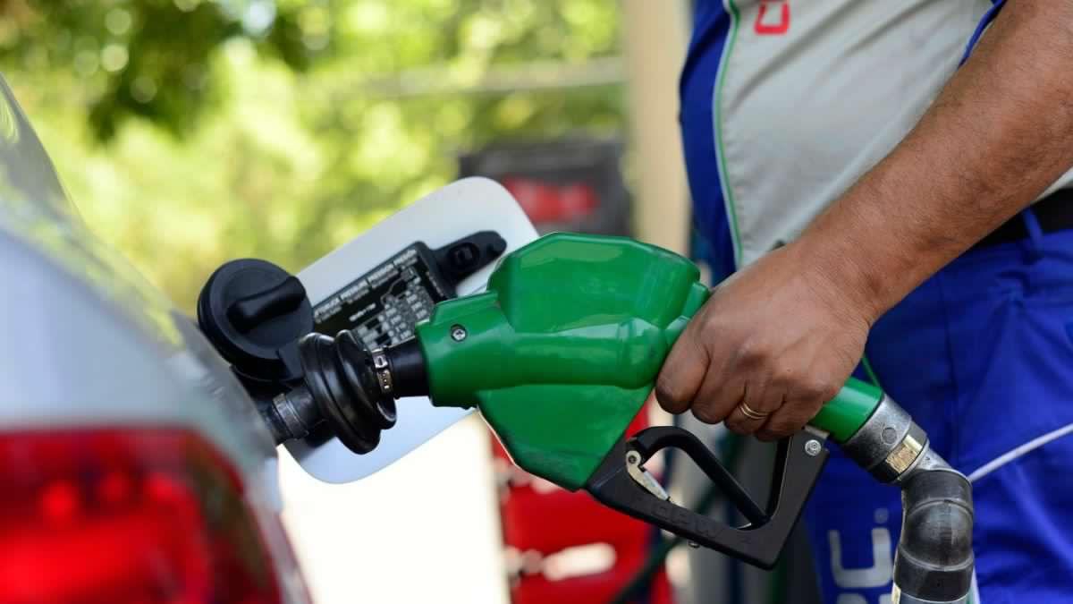 Photo of Se acabó la alegría: ENAP informó alza de las bencinas de 6 y 0,4 pesos por litro
