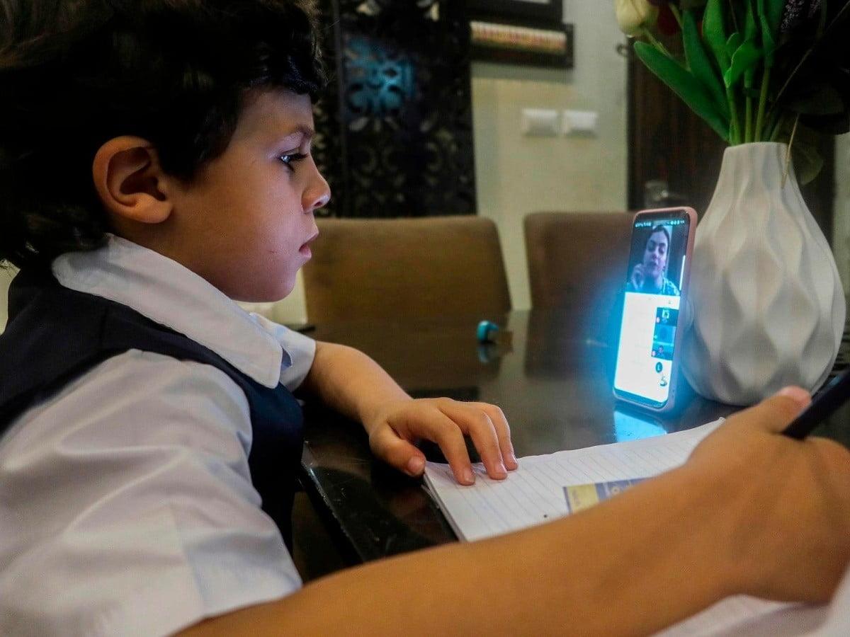 Photo of Encuesta Educar: El 77% de los profesores sufren estrés con la educación a distancia