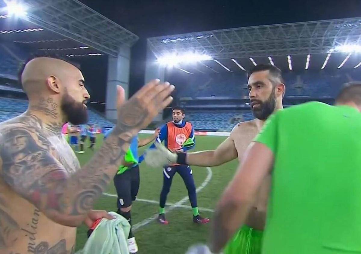 Vidal con Bravo